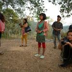 Supha, dziewczynka spiewa