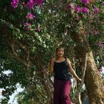 Tuipang, Finally pozuje na drzewie przy Circuit House