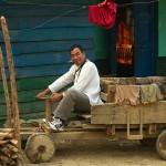 Lungbun, chinski pastor w samochodzie