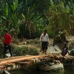 Lungbun, rzeka Kolodyne i ostatnie poprawki mostu przed przejazdem ich ekscelencji
